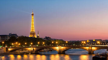 cruise-on-the-river-seine